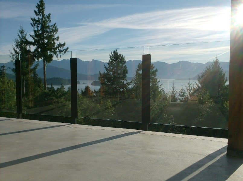 Glass deck railings Metro Vancouver